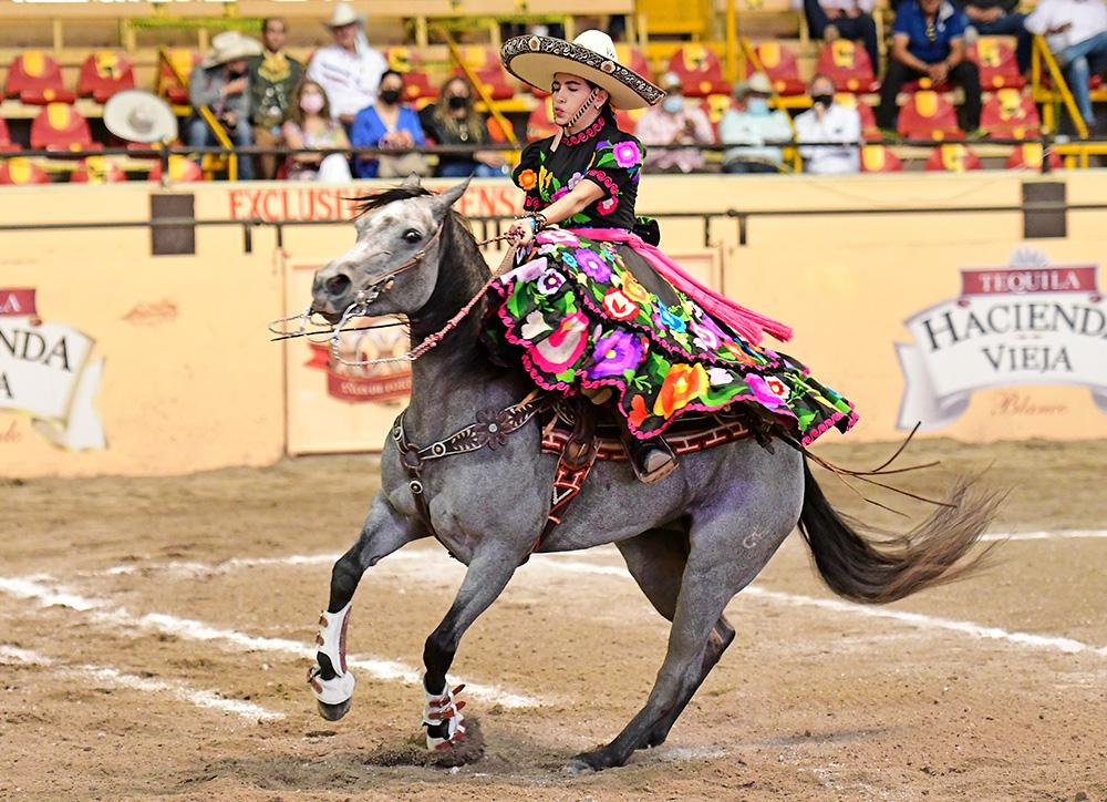 Preciosa estampa de la joven chiapaneca Ximena Velasco Cauzor, quien también clasificó a la final del Caladero Femenil