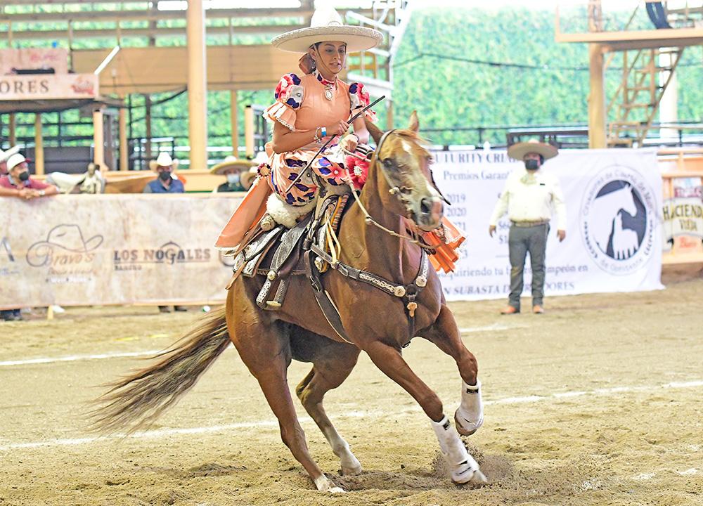 Aruby Chávez obtuvo un sitio en la final femenil al totalizar 53 puntos en la penúltima cala de la ronda eliminatoria
