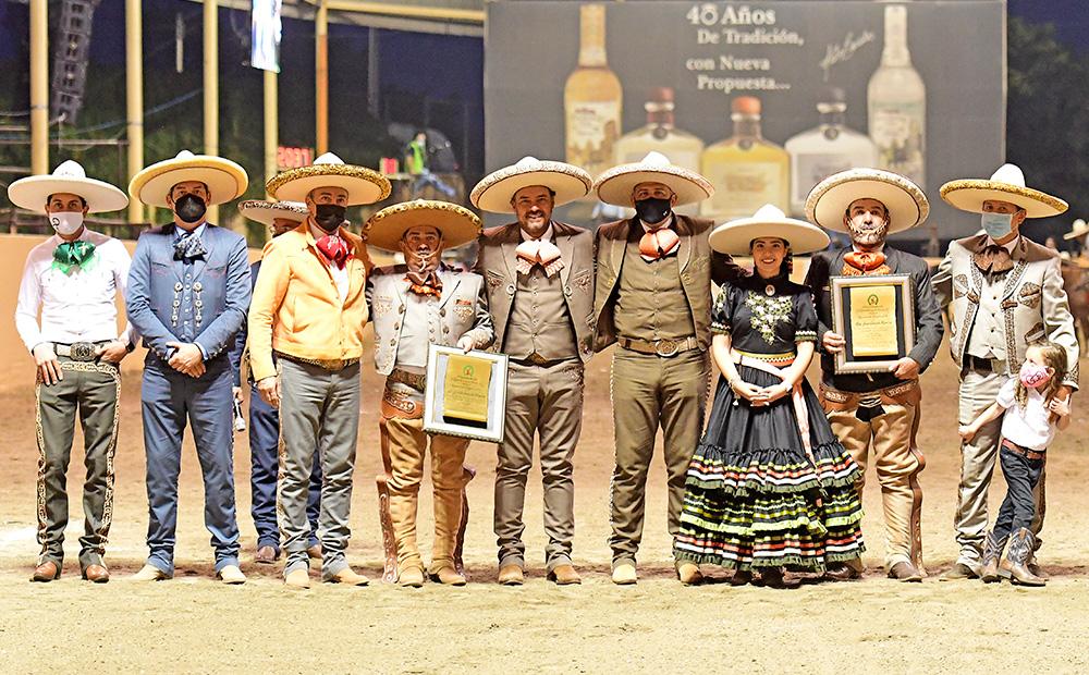 La Federación Mexicana de Charrería realizó un merecido homenaje a Don Juan y Don Félix Bañuelos Ramírez