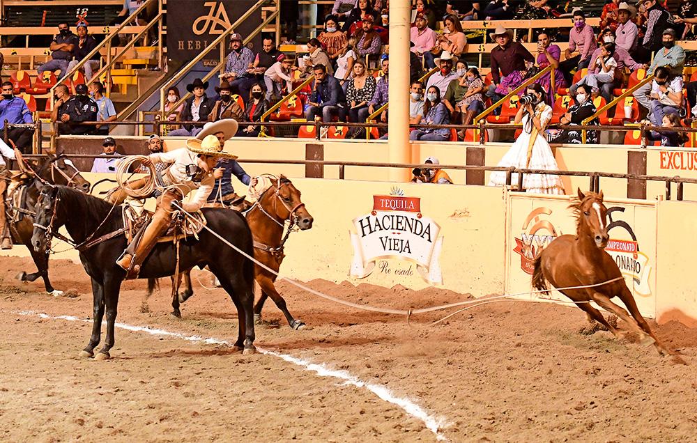 El zurdo José Eduardo Morán, con sus tres manganas a caballo, abrió la puerta al triunfo de los Hermanos Valenzuela