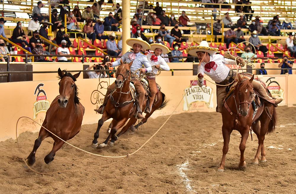 Cuatro manganas agarró Felipe Hermosillo Ruvalcaba para levantar a los Regionales de Peribán en la competencia vespertina