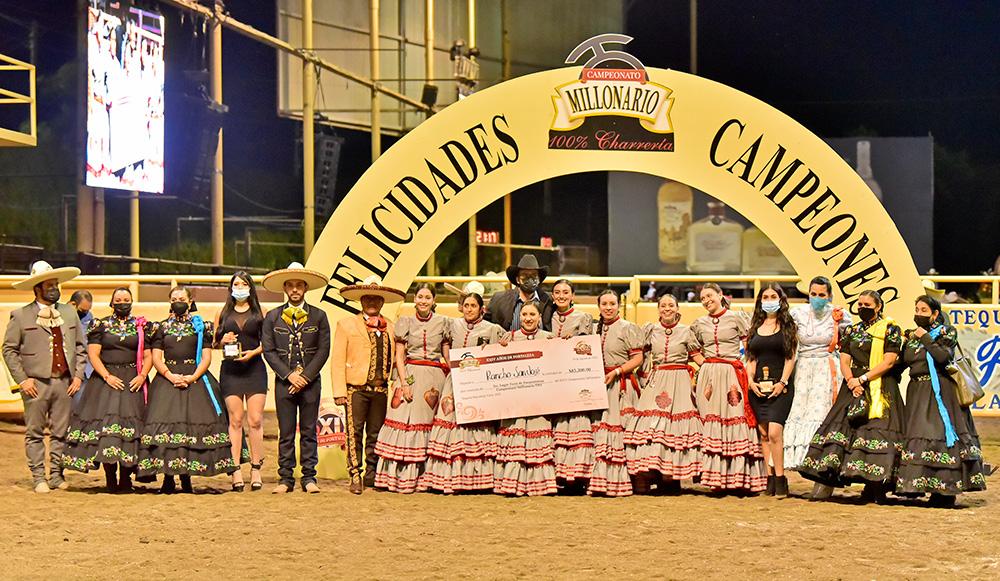 Premiación Rancho San José, tercer lugar de las escaramuzas